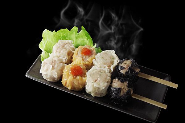 食べくらべ串 500円(税込)